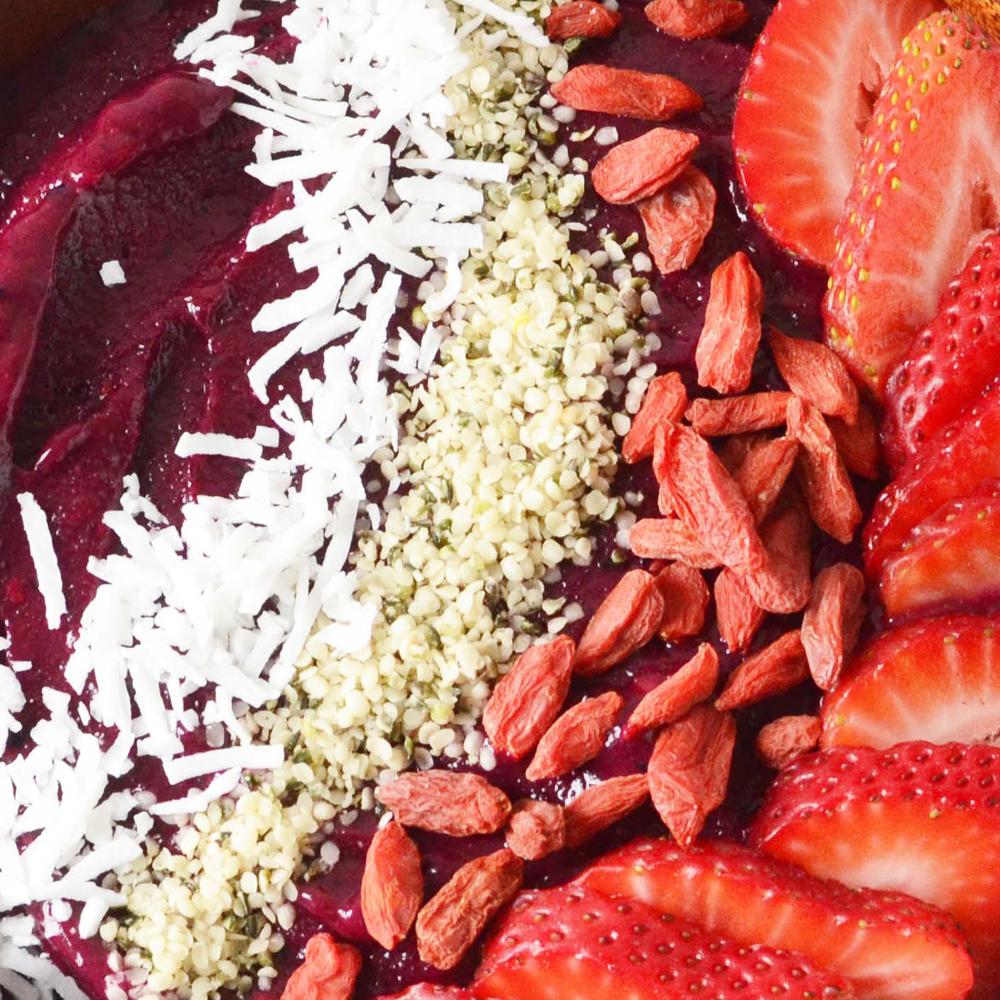 Pitaya Packed Brasilia Blueberry Smoothie Bowl
