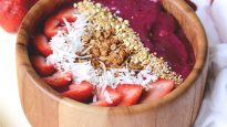 Sumatra Dragonfruit Smoothie Bowl